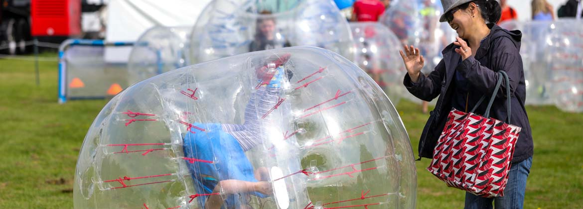 Bubble-Football4.jpg